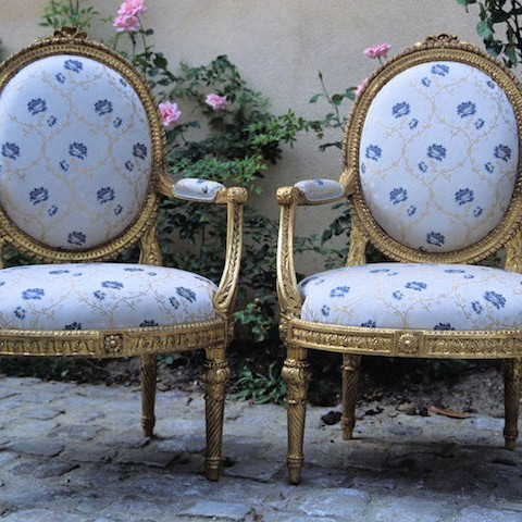 05 Mobilier